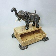 Декоративная визитница Слон из серебра, золота, кости мамонта и карельской березы
