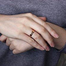 Золотое обручальное кольцо Американская модель в красном цвете