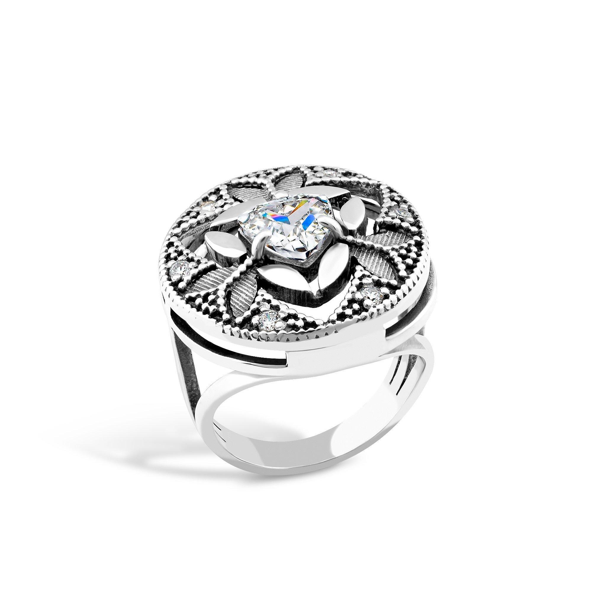 Серебряное кольцо Сусанна с фианитами и чернением