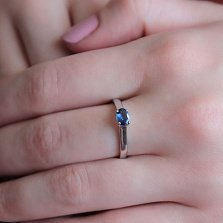 Золотое кольцо Парис в белом цвете с сапфиром