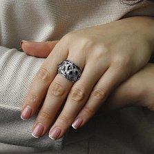 Золотое кольцо Тайна в белом цвете с узорами, бриллиантами и танзанитами