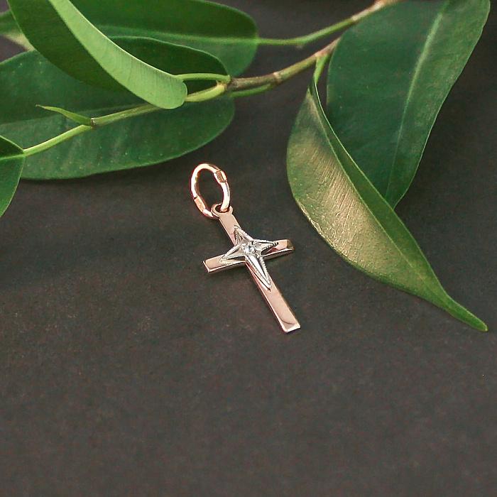 Золотой крестик в комбинированном цвете с фианитом 000071537 000071537