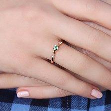 Золотое кольцо Миррима с изумрудом и бриллиантами