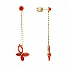 Серьги в желтом золоте Веселая бабочка с гранатом и фианитами