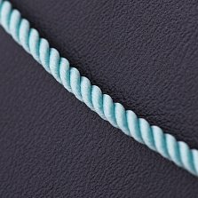Крученый шелковый шнурок Сироук в голубом цвете с золотой застежкой, Ø2мм