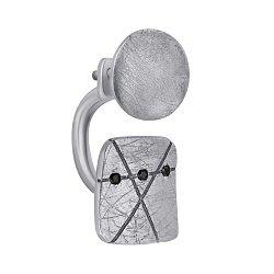 Серебряная левая серьга-пуссета Манту с тремя черными фианитами