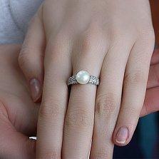 Серебряное кольцо Гармония с белым жемчугом и фианитами