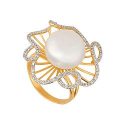 Золотое кольцо Восторг в желтом и белом цвете с жемчужиной и фианитами