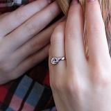 Серебряный перстень Живое чувство с фианитом