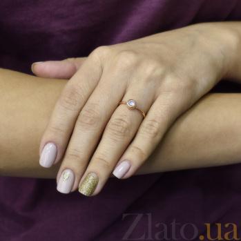 Помолвочное кольцо Арсинта в красном золоте с завальцованным фианитом 000096967