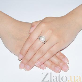 Серебряное кольцо Инесса с белой жемчужиной и фианитами 1756/9р б жем