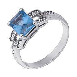 Серебряное кольцо Викентия с голубым кварцем и белыми фианитами
