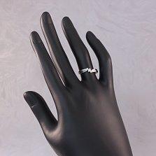Золотое кольцо в белом цвете с бриллиантом Ратна