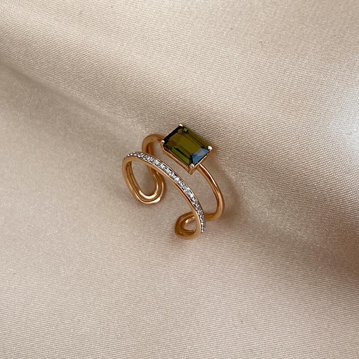 Золотое кольцо в комбинированном цвете с турмалином и цирконием 000141458 000141458