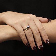 Кольцо из желтого золота Гардения с черной жемчужиной и сапфирами
