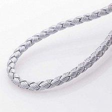 Шелковый шнурок Полет серого цвета с серебряной застежкой