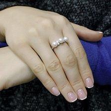 Серебряное кольцо Крем-брюле с белым жемчугом и фианитами