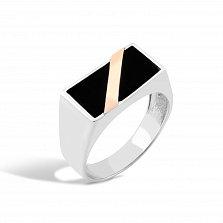 Серебряный перстень-печатка Эрнест с золотой накладкой и имитацией оникса