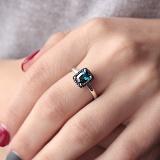 Золотое кольцо Княгиня Ольга с лондон топазом и синими сапфирами