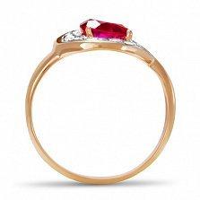 Золотое кольцо Сандра с синтезированным рубином и фианитами