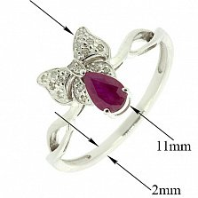 Золотое кольцо в белом цвете с бриллиантами и рубином Бонна