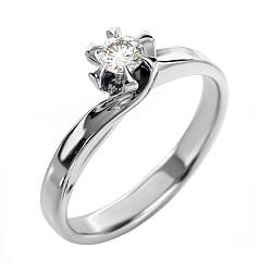 Золотое кольцо с бриллиантом Луиза