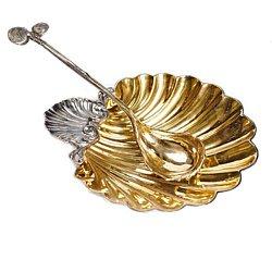 Серебряная икорница Лорелей в форме ракушки с позолотой