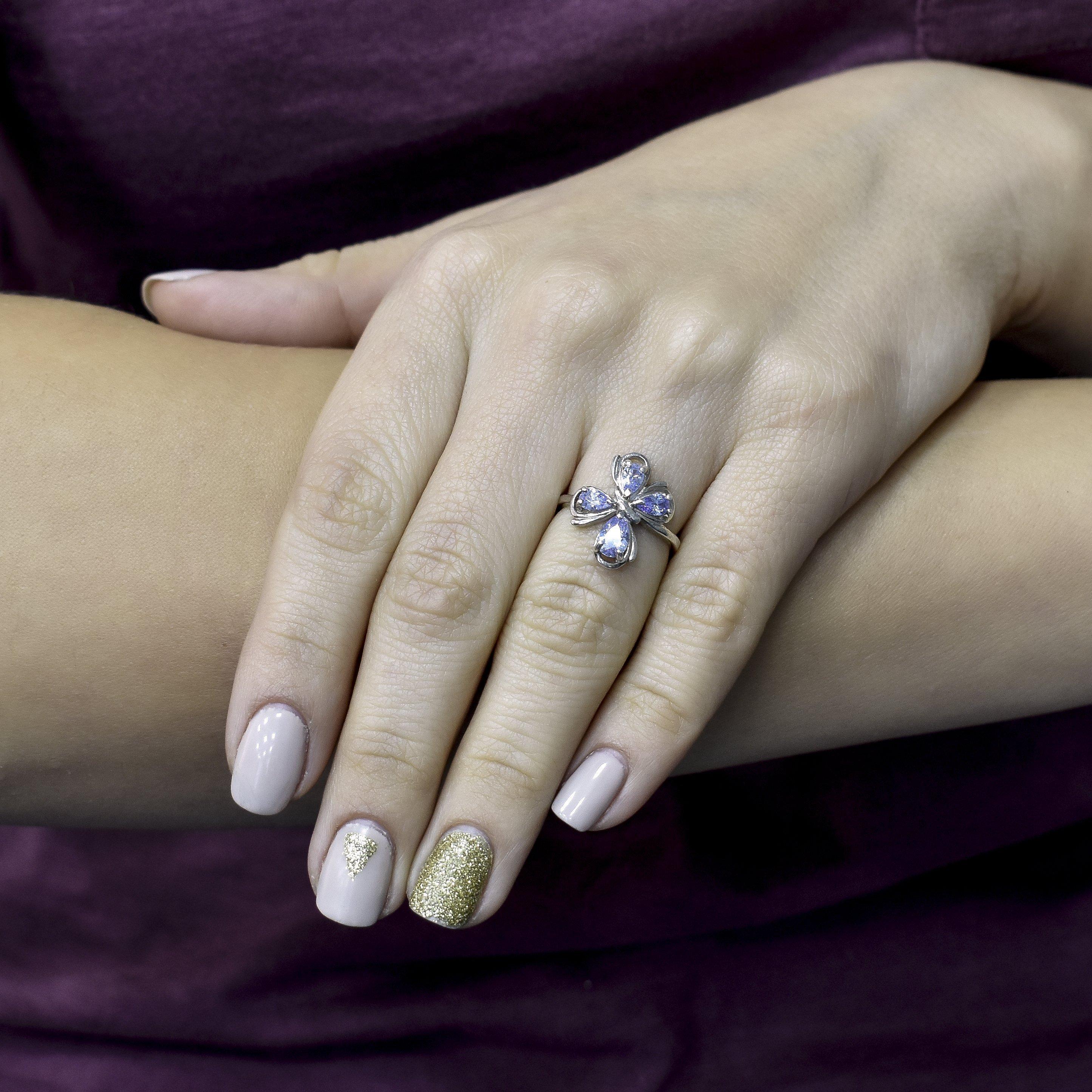Серебряное кольцо Игривая бабочка с фианитами