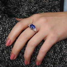 Серебряное кольцо Цвет сердца с синим и белыми фианитами