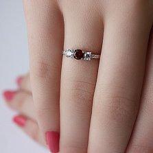 Серебряное кольцо Танита с гранатом и фианитами