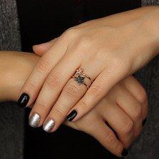 Золотое кольцо Две звезды с разноцветными фианитами