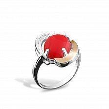 Серебряное кольцо Павлина с золотой вставкой, кораллом и фианитами