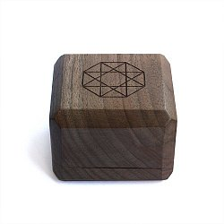 Брендовая деревянная упаковка Zlato под комплект