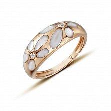 Кольцо в желтом золоте Флер с перламутром и бриллиантами
