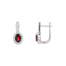 Серебряные серьги с красным гранатом
