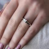 Золотое кольцо Августина в белом цвете с бриллиантом