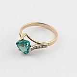 Золотое кольцо Ингеборга с синтезированным аметистом и фианитами