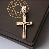 Серебряный крест Имидж с белой эмалью и позолотой