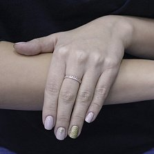 Золотое кольцо Влюбленный ювелир с сердечками и дорожкой фианитов