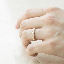 Золотое кольцо Мелодия любви в красном цвете с сердечками и завальцованными фианитами