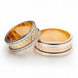 Золотое обручальное кольцо с цирконием Роскошный стиль