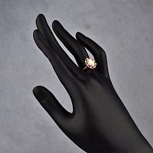 Золотое кольцо Миллениум с синтезированным белым опалом и цирконием
