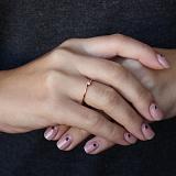 Золотое кольцо Пиренеи в красном цвете с бриллиантом