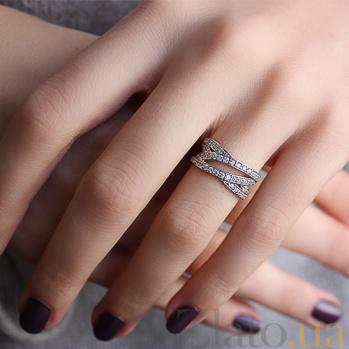 Серебряное кольцо с фианитами Трио 000032491