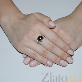 Серебряное кольцо Канвалия с черным жемчугом и фианитами 1686/9р ч жем