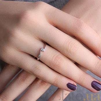 Серебряное кольцо с фианитом Удача 000032490