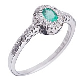 Золотое кольцо Эльвира с изумрудом и бриллиантами