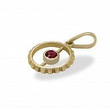 Золотой кулон Яркая деталь с синтезированным рубином