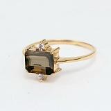 Золотое кольцо с раухтопазом и фианитами Мадлен
