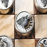 Серебряные шашки с позолотой Крысы против Ворон